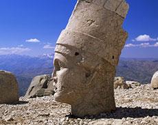 Mount-Nemrut